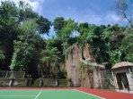 Tennis in the shadow of our own cliff
