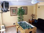 GAMEROOM WITH FOOSBALL AND TV