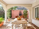 Outdoor dining for 8 and barbecue