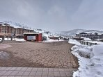 Ski in and ski out from this ideally-located studio!