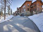 The condo is located in the peaceful and quiet 'Pines Condominiums'