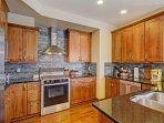 Gourmet kitchen  - Stainless steel and high end appliances