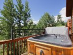 Hot tub any season! - Private 6 person hot tub on deck.