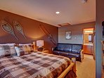 Guest bedroom - Brand new queen bed, futon, HD TV and private bathroom.