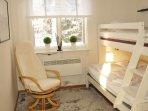 Bedroom: bunk bed 90x200/120x200