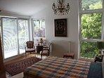 LLAG Luxury Vacation Apartment in Hofheim - 689 sqft, high-class, quiet