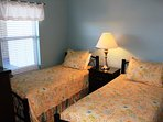 Guest Bedroom w/ Two Twin Beds