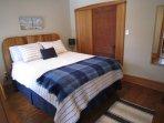 master bedroom (Queen).