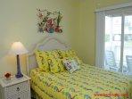 1st Floor Oceanside Queen Bedroom