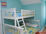 2nd floor Bedroom with Queen & Tw/Dbl Bunk II