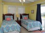 1st Floor Streetside Bedroom w/ 2 Twins