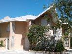 Coral Villa - Summer Calls You To Grace Bay Beach