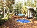 Vasca idromassaggio, piscina e docce