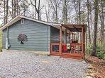 Have the ultimate Gatlinburg getaway at this cozy 2-bedroom, 1-bathroom vacation rental cottage!