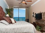 Master Bedroom - king size bed - view of the ocean