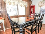 Dining Room,Indoors,Room,Dining Table,Furniture
