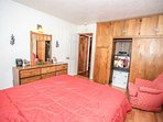 Bedroom,Indoors,Room,Chair,Furniture