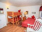 Bedroom,Indoors,Room,Curtain,Home Decor