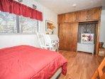 Indoors,Room,Bedroom,Entertainment Center,Furniture