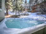 Jacuzzi,Tub,Cabin,Outdoors,Snow