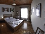 villac4: The house has two spacious, well-appointed bedrooms and sleeps 5.