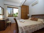 Double bedroom with A/C, en suite bathroom