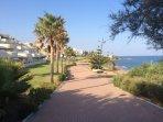 Sea Front Promenade 2 Minutes walk