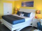 Luxurious KING size bed with Gel Memory Foam mattress