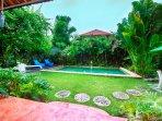3 BR Lux Pool Villa Ocean Star No2 Seminyak 100m beach and KuDeTa club