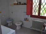 Abitazione Federico: il bagno con vasca/ doccia