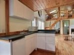 Fully equipped and Perfect for a family of 4. Fridge, stove, 3 piece washroom