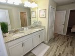 Jack N Jill Bath #1 w/King Bedroom #1 and Twin Bedroom #1
