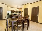 Detached guest house, full kitchen, dining area