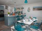 Dining & kitchen areas