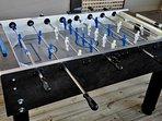 Deluxe foosball table