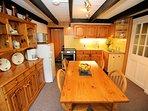 Sunny Farmhouse Kitchen at Crumplehorn Cottage No2