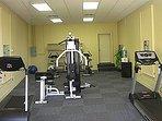 Small fitness center near tennis court