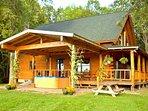 Spectacular Log Cabin w/ Mountain Views near Lake