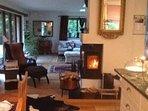 Vardagsrummet går i ett m köket