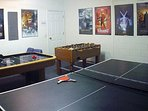 Gamesroom with Table tennis, Foosball and Air Hockey