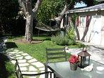 Private garden w/hammock & fountain