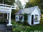 A second private guest cottage - queen suite, but no separate bath