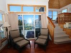 Couch,Furniture,Balcony,Indoors,Room