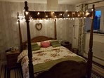 New King size Double 4 Poster complete with fairy lights