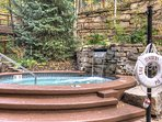 Jacuzzi,Tub,Forest,Grove,Land
