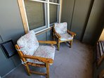 Chair,Furniture,Computer,Bedroom,Indoors