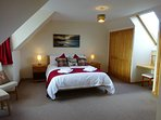Large Master Bedroom With Kingsize Bed and En-Suite