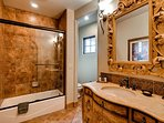 Cordoba Suite Ensuite Bath