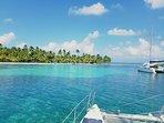 Fondeado en una be las muchas islas espectaculares de San Blas