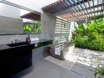 Villa Issi - Guest bathroom